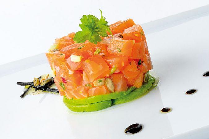 Tartar de salmón e-smok con aguacate