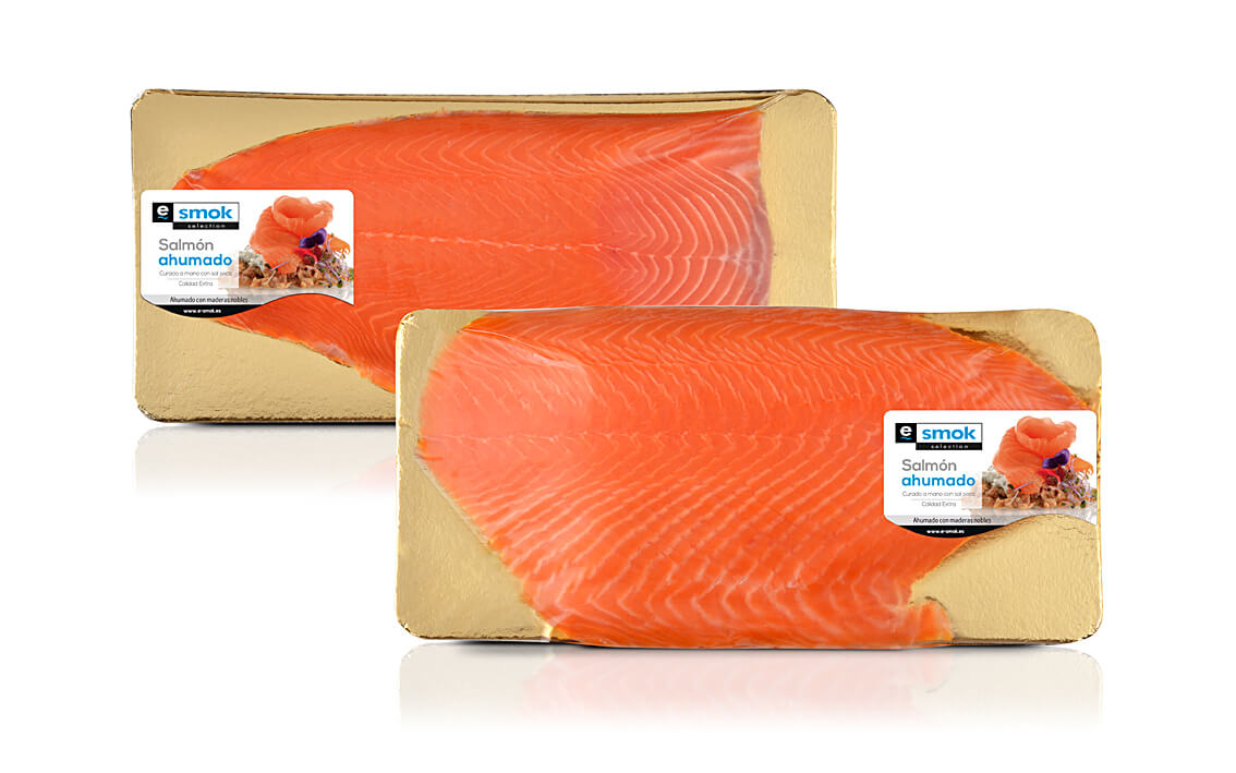 Smoked salmon - Half side in vacuum bag