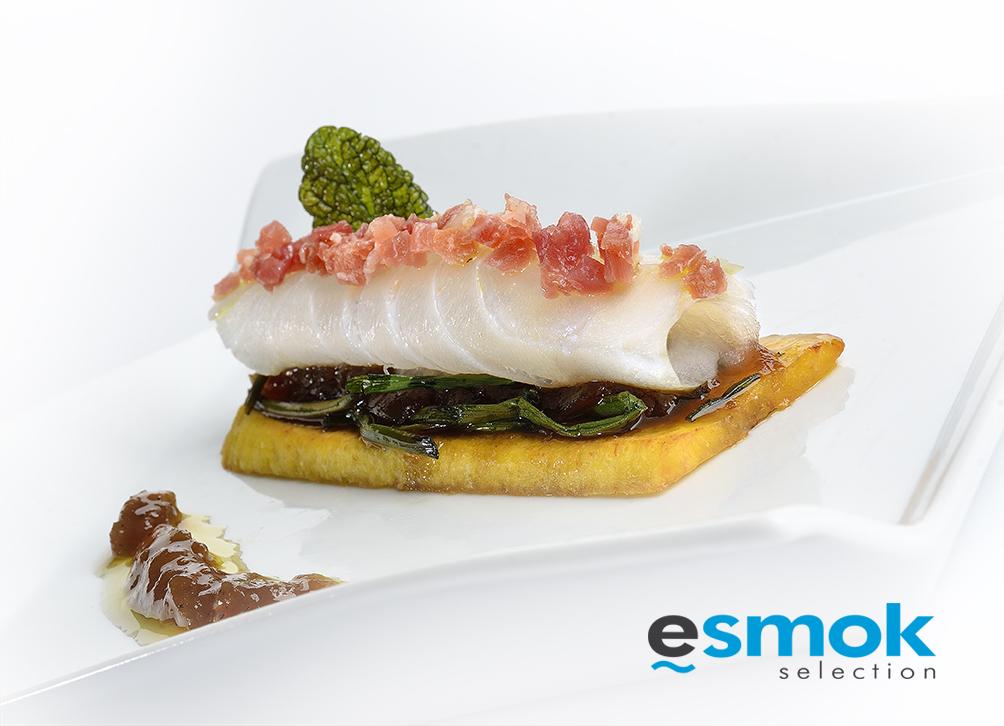 Bacalao Naturae con jamón y cebolla caramelizada